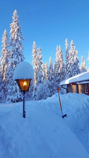 Veckorna innan jul  hade man ett snödjup på runt hundra centimeter vid Hemfjällstangen i Transtrand. Trots många blaskiga dagar har har man fortfarande mellan 60-70 centimeter.