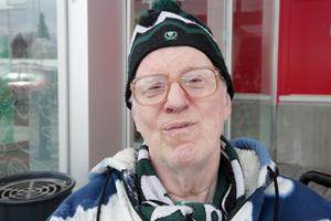 – Nej, nu är jag trött på snön. Nu vill jag ha solsken och värme. Kenneth  Hansson, 70, Pensionär, Ludvika