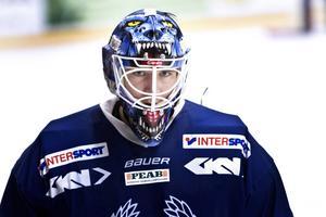 Spännande avslutning på säsongen väntar Tomas Rydén och hans Köping Hockey.