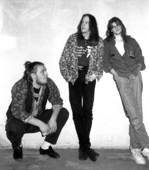 Celeborn1991. Från vänster: Jörgen Bylander, bas och sång, Magnus Sahlgren, gitarr och Niklas Gidlund, trummor. Foto: ÖP:s arkiv