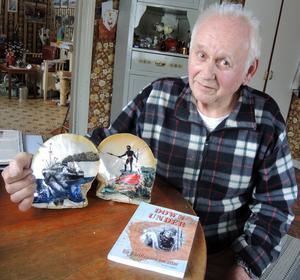 79-årige Kent Sjögren från Grängesberg var en dykande hårding i sin ungdom. Förutom att han arbetat som pärldykare i Australien blev han med tiden också svenska flottans främste attackdykare.