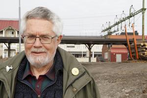 Landsbygdspolitiker måste hålla ut, tycker Lennart Rohdin.