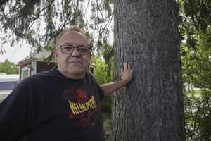 Michael Larsson hoppas att de uppgifter som hans arbetsledare noterat ska bidra till att polisen kan gripa planttjuvarna.