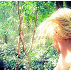 I Indien bodde Tommie i djungeln i ett par veckor. En underbar tid med apor, ormar, människor och naturen, enligt Tommie. Foto: Privat