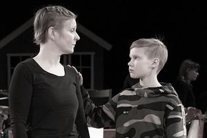 Jenni Harrysson och Valter Löfgren. Foto: Linn Söderström