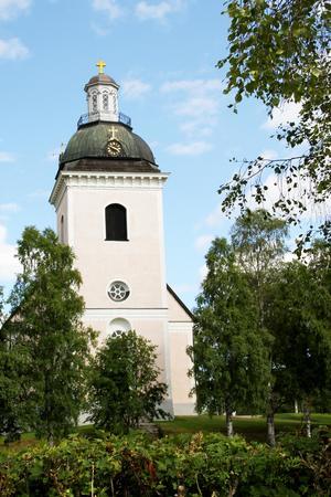 Tornet på kyrkan i Färila måste repareras omgående, just nu är det avspärrat och klockorna hänger tysta.