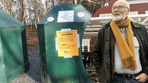 Rudolf Lundin räddar återvinningsstationen på Blidö – igen.