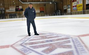Ishallen har blivit som ett andra hem för Olan. Här har han spenderat mängder av timmar genom åren.