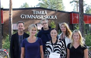 Roger Åström, rektor Timrå gymnasium, med lärarna som ordnat debatten, Jakob Svalstedt, Katrina Gullfors, Lena Lindh, Anna Larsson och Elin Gradin.