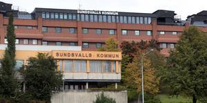 """Tidigare har det framförts kritik mot att personalpolitiken inom Sundsvalls kommun skiljer sig åt beroende på vilken förvaltning eller bolag som du jobbar. Kommunfullmäktige har därför i bred politisk enighet beslutat om en arbetsgivarpolitisk strategi där en viktig del är just att vi ska vara och uppfattas som """"En arbetsgivare"""", skriver Bodil Hansson (S), ordförande personalutskottet i Sundsvalls Kommun."""