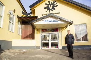 Per-Owe Jonsson och hans BK Klossen har matcher nästan varje lördag. Samma sak gäller för de andra två klubbarna i Söderhamns bowlingallians, BK Lin och BK Craft.