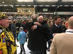 Glädjen var påtaglig i ABB Arena Nord efter slutsignalen.