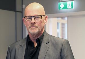 Säljaren har fri prövningsrätt och sälja till den som anses lämpligast. Det gäller även en kommun, säger kommunchef Christer Engström.