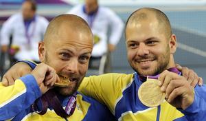 Peter Vikström och Stefan Olsson hade guldbettet och klarade av det franska paret i finalen på en timme.