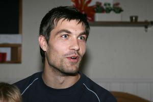Förre SFF-målvakten Emil Hedvall skadade sig i en b-lagsmatch med sin nya klubb Gefle IF.