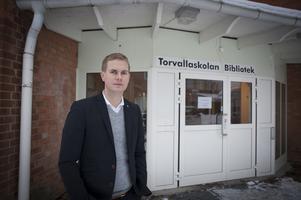 Utbildningsminister Gustav Fridolin (MP) besökte Torvallaskolan i Östersund.