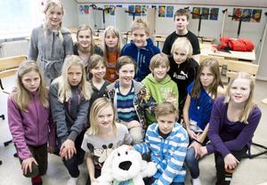 Klass fem i Aspebodaskolan tävlar i dag mot Kvarnsvedens skola i den regionala kvartsfinalen av Vi i femman.