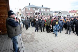 Magnus Rehnfeldt pratade om rovdjurproblematiken ur samernas synvinkel inför drygt 250 personer.– Nu kanske man börjar lyssna på våra problem, sa Magnus Rehnfeldt.