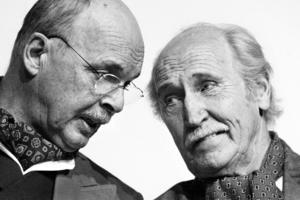 Börje Anterot och Sven Persson i Studio Westmannias föreställning Sommarens sista vind 2003.