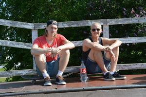 Sebastian Johansson och Jesper Westerbring tror att väntetiderna för att åka blir kortare i och med den nya, större skejtrampen.