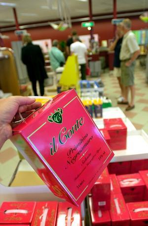 Stort utbud. Det finns massor av flaskviner att välja på i Systemets utbud. Men de flesta svenskar väljer att köpa vin i kartong.