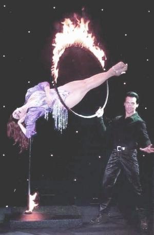 Tina Macklin med Tim Kole i Guam 2000.