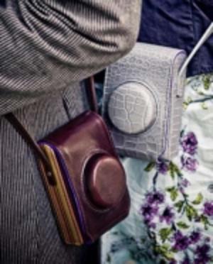 Väskor från Paul Smith till Leica D-Lux 5