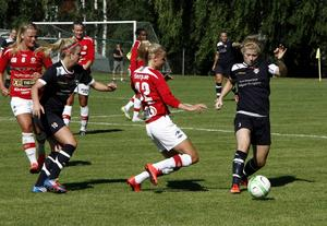 Johanna Pettersson och hennes Huge tog första segern mot Tierp på sex år.