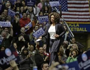 Gillar Obama. Oprah Winfrey har inte                              gjort någon hemlighet av sina sympatier. 3 februari deltog hon i demokraternas presidentkampanj i Los Angeles.