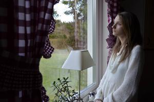 Kajsa-Stina von Plato har levt med anorexia i sex år, sedan hon var fjorton år gammal. Hon tycker inte hon får tillräcklig hjälp att bota sjukdomen.