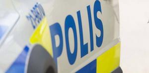 Mannen greps i närheten av brottsplatsen men var för berusad för att kunna redovisa vad som hänt.