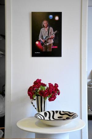 Även keramik. Förutom bilderna finns även keramik, tillverkad av Solveig Petrovic, att beskåda.