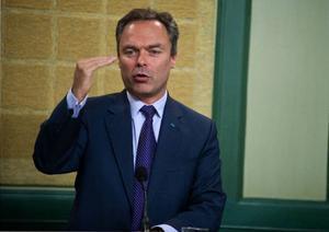 Jan Björklund, partiledare för Folkpartiet och utbildningsminister i regeringen välkomnar beskedet om kärnkraftsbyggnad.Foto: Bertil Ericson/SCANPIX