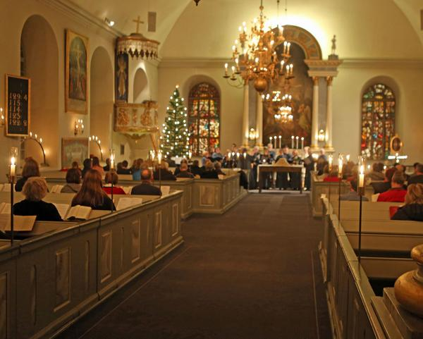 Körsällskapet sjöng under julnattsmässan i Svegs kyrka.