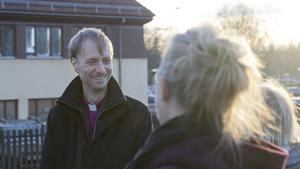 Biskop Mikael Mogren träffade många människor under sitt besök i Norberg.