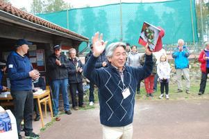 Shigeru Takaya, kommunfullmäktiges ordförande blev bästa japan i landskampen.