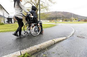 Jag tror inte att Sverige kommer att lyckas med sin funktionshinderspolitik det närmaste decenniet eftersom allt fler människor försätts i utanförskap och att vi lever i ett otillgängligt samhälle, skriver Jörgen Lundälv.