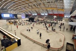 Göransson Arena är omdebatterad. Så här såg det ut inuti arenan dagen efter invigningen.