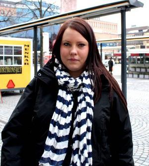 Daniela Hellman, 25, mammaledig, Storvik:– Aldrig. Nu är jag gravid och ska inte äta det, men jag äter det inte annars heller. Jag vet inte varför, men det har inte med det att göra.