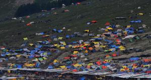 Ett läger under vägen till Amarnath. Ofta är det både kallt och blåsigt under vandringen.