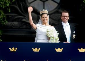 Den 19 juni 2010 gifte sig  kronprinsessan Victoria och Daniel. Det kostade skattebetalarna 10 miljoner kronor.