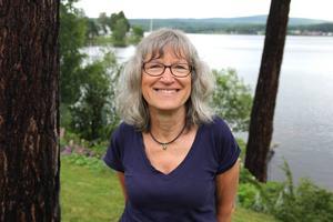 Kerstin Svevar bor numera fantastiskt med utsikt över Varpen. När hon kom till Bollnäs 1973 bodde hon inneboende i ett litet rum. Hon hade ju inte tänkt stanna.