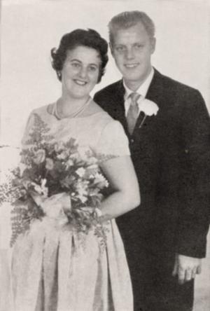 Ingrid och Gösta Hedlöf, Valbo firar i dag 50-årig bröllopsdag. De vigdes 4 oktober 1958 i Valbo församlingshem.Foto: Privat