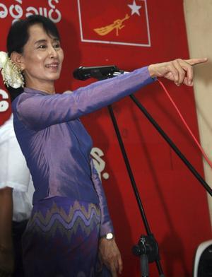 Visar vägen. Oppositionsledaren Aung San Suu Kyi menar att det är viktigt att EU talar med en stark, enad röst för att främja mänskliga rättigheter och sann demokratisk utveckling i Burma, skriver Urban Ahlin och Olle Thorell.foto: scanpix