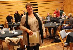 Framtidsdiskussion. Carina Blank besökte de arbetssökande i Norrsundet. Utbildning, turism och etableringar lyftes fram.
