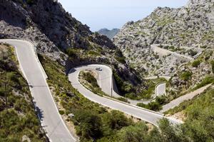 Mallorcas mest imponerande serpentinväg - vägen till Sa Calobra.
