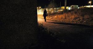 Otryggt. I Örebro ska man inte behöva oroa sig för att utsättas för brott, men tyvärr är det inte så idag, skriver Maria Haglund. Arkivbild: Anders Törnström/MWT