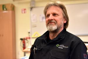 Jonny Hahlin, programansvarig för den internationella svetsutbildningen, är stolt över kvalitén man håller i Älvdalen.
