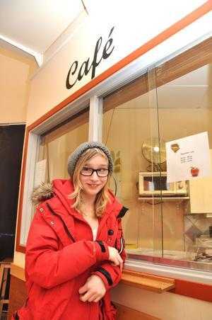 FIKASUGEN. Linn Sedvall vill handla i kiosken.