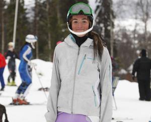 Snabbast i Alpsvängens bägge åk var Lisa Wedsjö, Saltsjöbaden. På lördagen slutade hon trea i Järvsöslalomen.